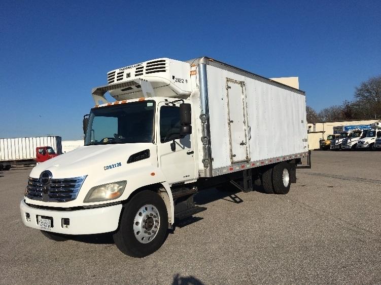 Reefer Truck-Light and Medium Duty Trucks-Hino-2009-268-CHESAPEAKE-VA-280,736 miles-$24,750