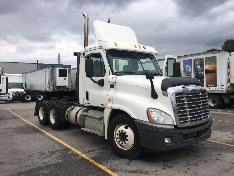 Day Cab Tractor-Heavy Duty Tractors-Freightliner-2012-Cascadia 12564ST-DELTA-BC-599,963 km-$54,500