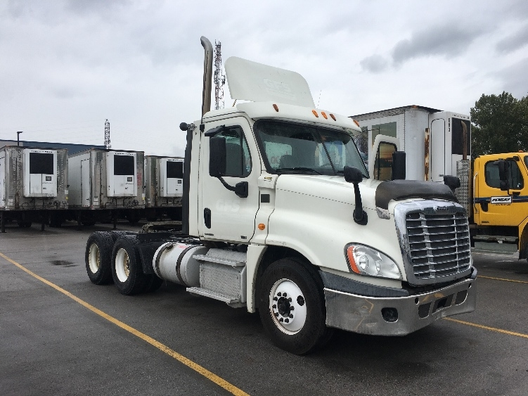 Day Cab Tractor-Heavy Duty Tractors-Freightliner-2012-Cascadia 12564ST-DELTA-BC-401,742 km-$59,500
