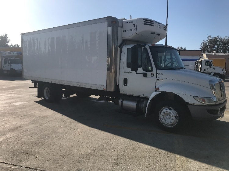 Reefer Truck-Light and Medium Duty Trucks-International-2011-4300LP-TORRANCE-CA-160,044 miles-$19,000