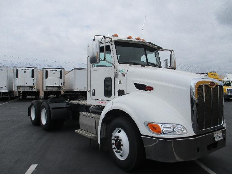 Day Cab Tractor-Heavy Duty Tractors-Peterbilt-2011-384-TORRANCE-CA-112,120 miles-$39,250
