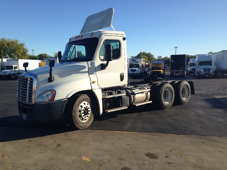 Day Cab Tractor-Heavy Duty Tractors-Freightliner-2013-Cascadia 12564ST-TULSA-OK-253,351 miles-$53,000