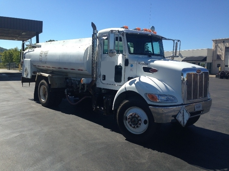 Tanker Truck-Specialized Equipment-Peterbilt-2005-335-CLEVELAND-TN-247,320 miles-$52,000