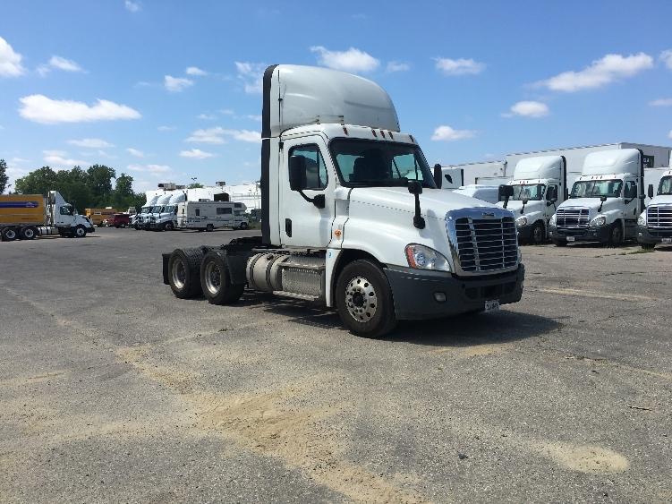 Day Cab Tractor-Heavy Duty Tractors-Freightliner-2014-Cascadia 12564ST-FLINT-MI-635,762 miles-$28,500