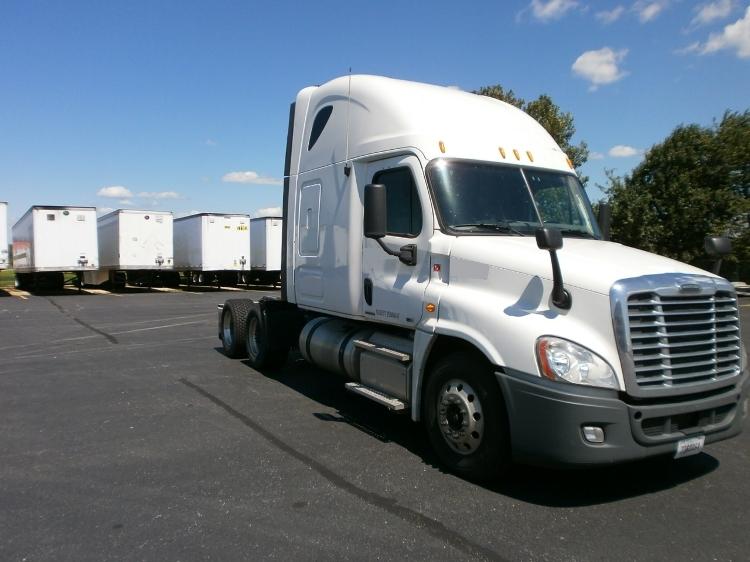 Sleeper Tractor-Heavy Duty Tractors-Freightliner-2012-Cascadia 12564ST-HOPKINSVILLE-KY-420,000 miles-$39,750