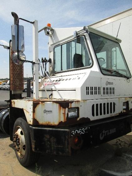 Yard Truck-Heavy Duty Tractors-Ottawa-2003-YT30-READING-PA-37,800 miles-$7,500
