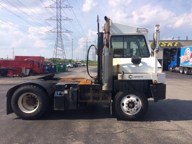 Yard Truck-Heavy Duty Tractors-Capacity Of Texas-2013-TJ5000-LONDON-ON-18,065 km-$74,500