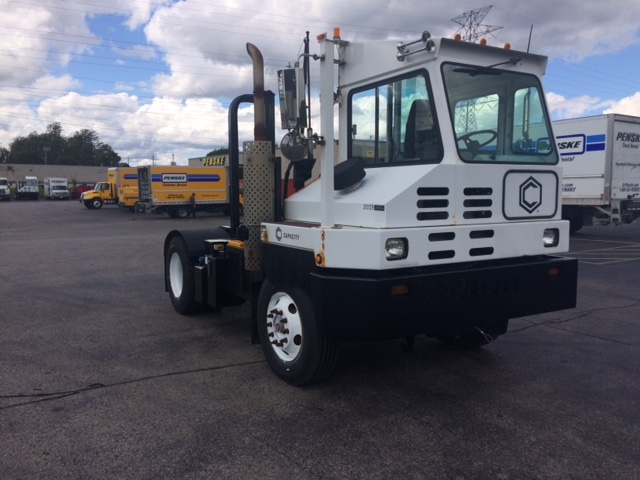 Yard Truck-Heavy Duty Tractors-Capacity Of Texas-2013-TJ5000-LONDON-ON-13,708 km-$74,500