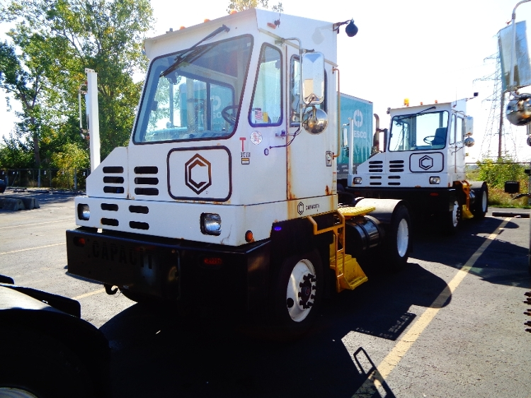 Yard Truck-Heavy Duty Tractors-Capacity Of Texas-2013-TJ5000-LONDON-ON-143,040 km-$74,500