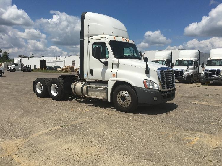 Day Cab Tractor-Heavy Duty Tractors-Freightliner-2014-Cascadia 12564ST-FLINT-MI-593,300 miles-$29,750