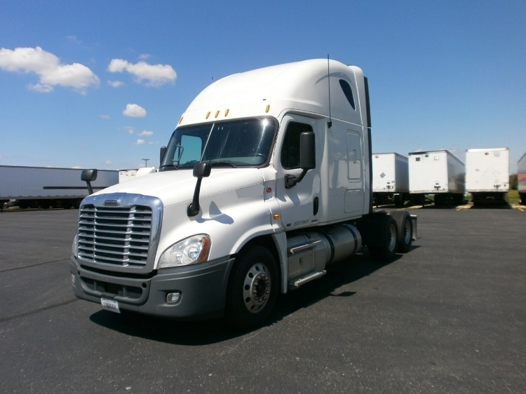 Sleeper Tractor-Heavy Duty Tractors-Freightliner-2012-Cascadia 12564ST-WILMINGTON-OH-667,373 miles-$32,750